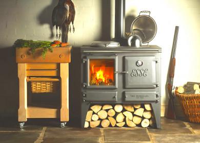 Отопление дачного дома дровами: устройство, способы, особенности, энергоэффективность
