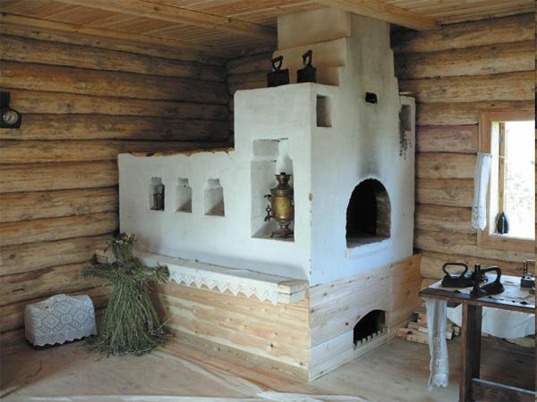 Настоящая русская печка с лежанкой побеленная