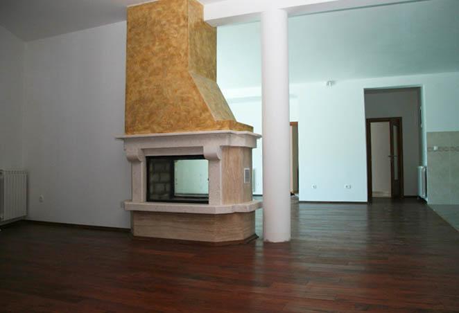 Двухсторонний дровяной камин